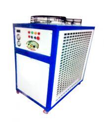 Chiller Đại gió mẫu - Máy làm lạnh nước lắp ráp tại Việt Nam